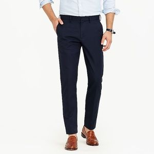 Navy blue Ludlow Slim fit Pant in cotton twill